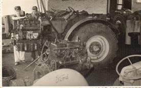 Trator Setor Super 42 cv - Ano de 1960